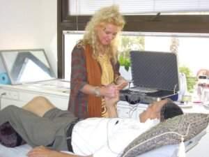 דוריס קלר מגרמניה ביקור במרפאת CRT